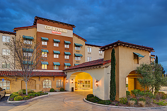 Paso Robles Courtyard Marriott hotel wine tour package